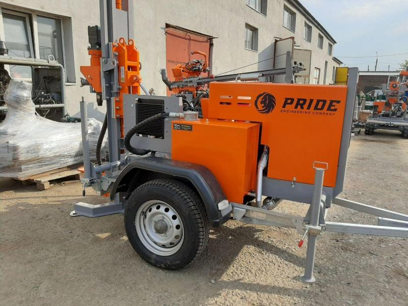 Export delivery of the TRAILER 80 small-size drilling rig